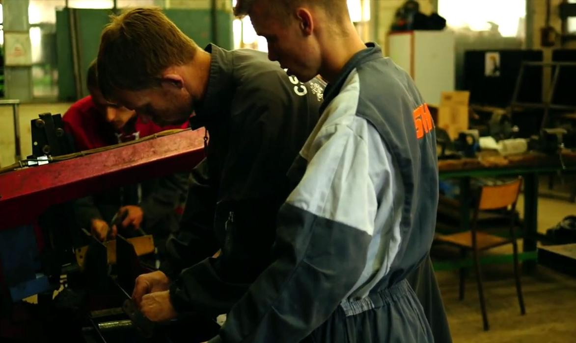 le-paraclet-amiens-certificat-spécialisation-tracteurs-machines-agricoles-utilisation-maintenance